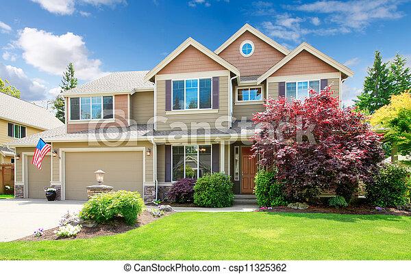 maison grand am ricain beige devant exterior luxe paysage maison grand am ricain. Black Bedroom Furniture Sets. Home Design Ideas