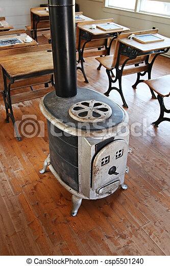 maison int rieur vieux cole cole vieux maison photographie de stock rechercher des. Black Bedroom Furniture Sets. Home Design Ideas