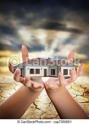 maison, main - csp7350601