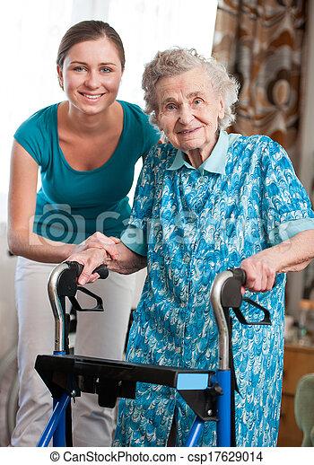 maison, personne agee, caregiver, femme - csp17629014