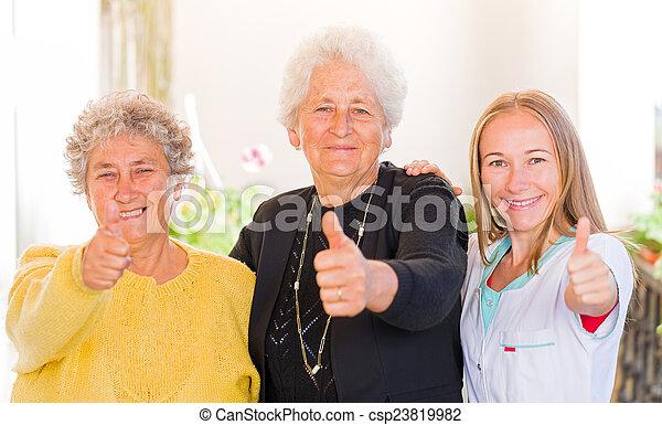 maison, personnes âgées soucient - csp23819982