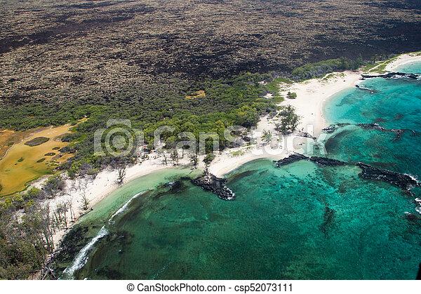 Makalawena Beach, Big Island, Hawaii - csp52073111