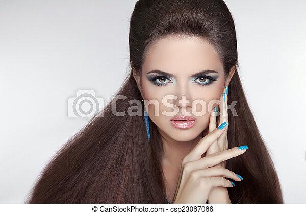 makeup., brunette, mode, mooie vrouw, ma, earring., jonge - csp23087086