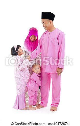 malay family during hari raya  aidilfitri - csp10472674