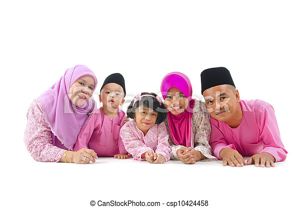 malay family during hari raya  aidilfitri - csp10424458