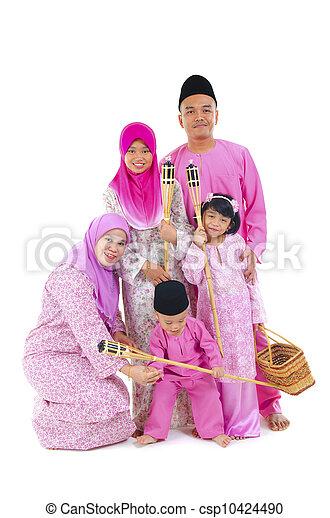 malay family during hari raya  aidilfitri - csp10424490