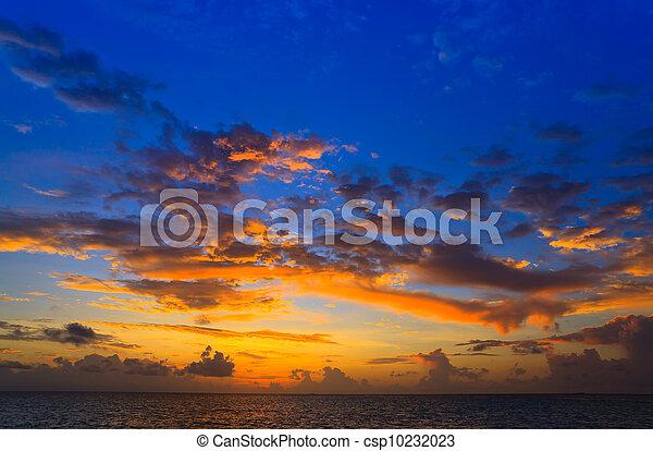 maldivian, 日没 - csp10232023