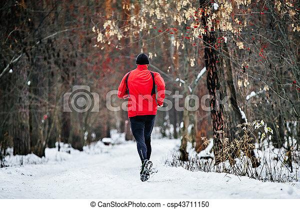 male athlete runner - csp43711150