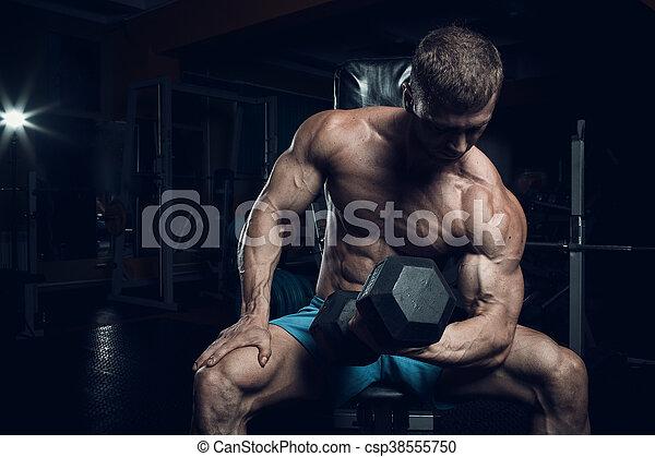 Male bodybuilder, fitness model - csp38555750