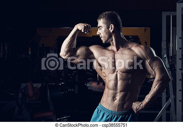 Male bodybuilder, fitness model - csp38555751