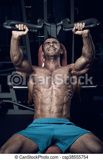 Male bodybuilder, fitness model - csp38555754