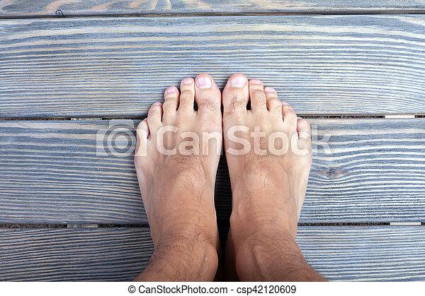 Free male feet