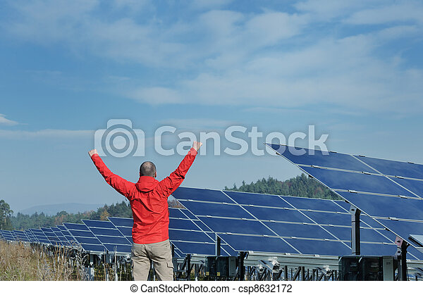 Male solar panel engineer at work place - csp8632172