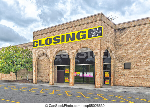 Mall Anchor Store Going Out Of Business - csp85026630