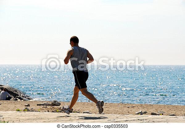 Man jogging - csp0335503