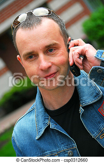 Man talking on cell phone - csp0312660