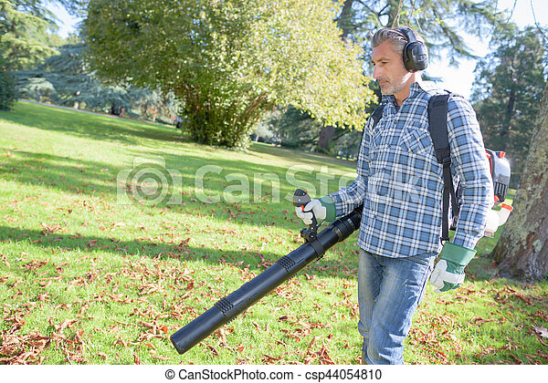 Man using leaf blower - csp44054810