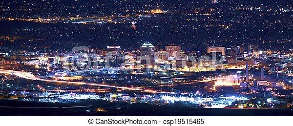 Colorado brota de noche - csp19515465