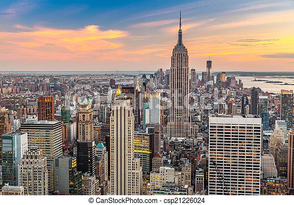Manhattan aerial view - csp21226024