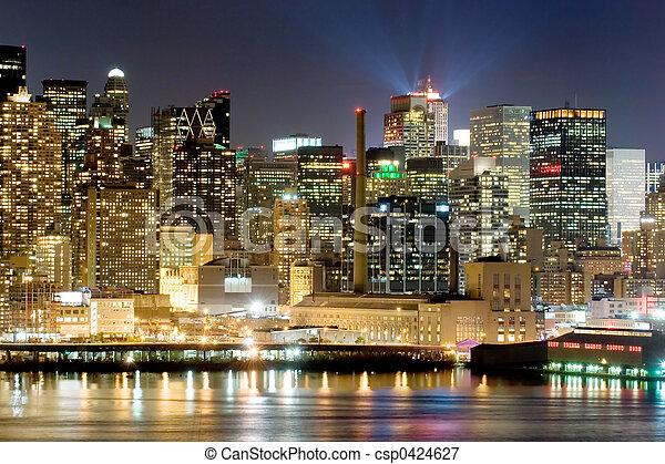 Manhattan at night - csp0424627