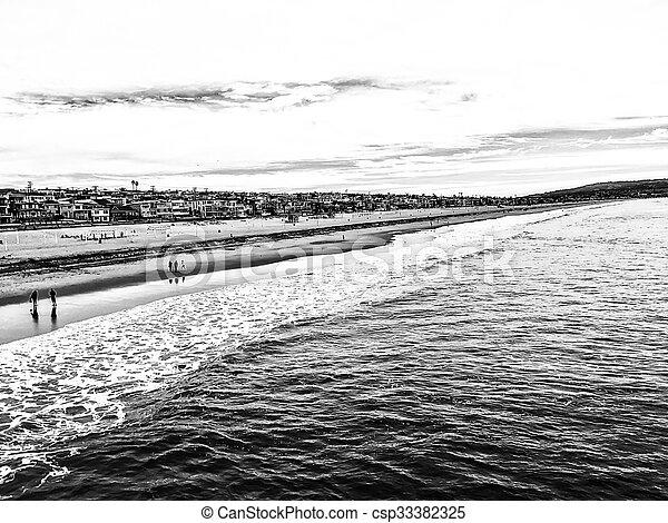 Manhattan beach, USA in b&w - csp33382325