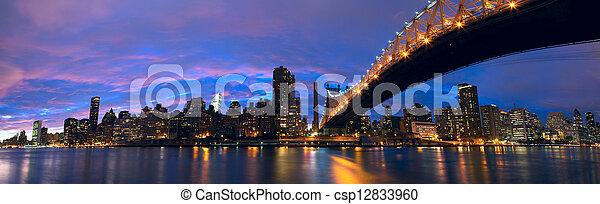 Manhattan midtown panorama - csp12833960