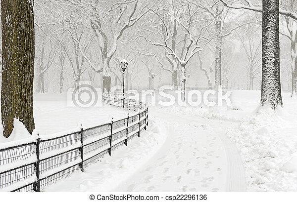 Manhattan New York in Winter snow - csp22296136
