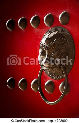 La manija de la puerta del templo chino - csp14723902