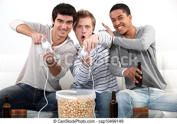 mann, drei, teenager, video, games., spielende  - csp10499149
