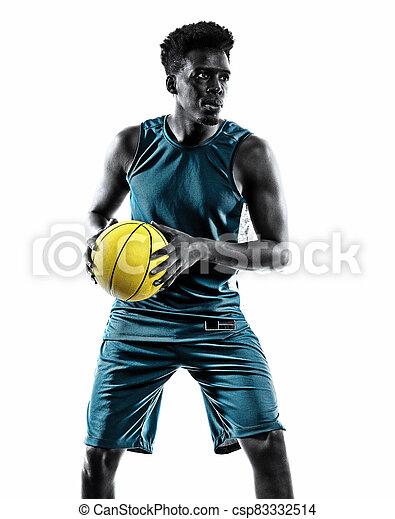 mann, junger, freigestellt, basketball, afrikanisch, hintergrund, spieler, weißes - csp83332514