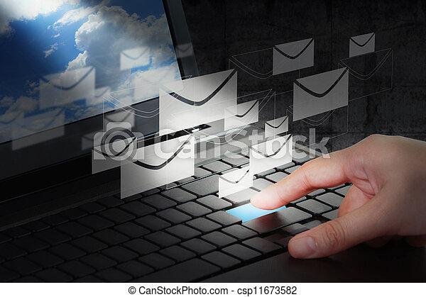 Trabajo manual - csp11673582