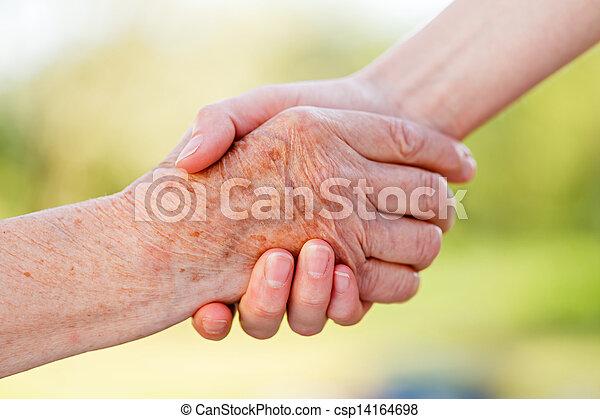 Ayudando a las manos - csp14164698