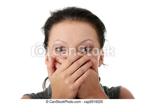 Cubriendo su boca con las manos - csp2919225