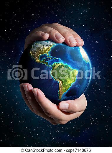 La Tierra en las manos: Universo - csp17148676