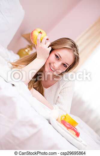 gran descuento 37f4e ac3b4 manzana que come, joven, coquette, lenceria, muchacha que sonríe, feliz