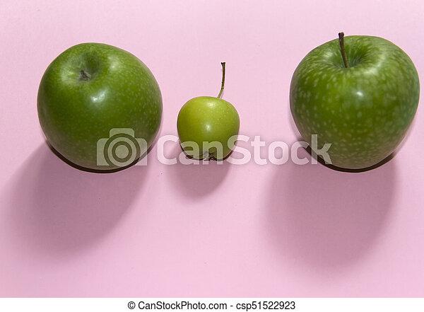 Manzanas verdes - csp51522923