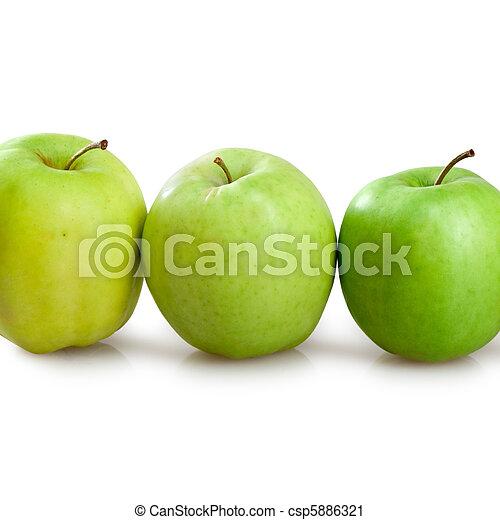 Manzanas verdes - csp5886321