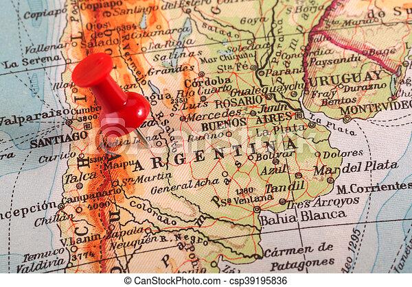 Un golpe en el mapa - csp39195836