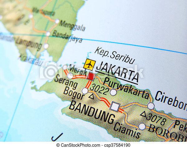 Colorido Mapa Politico Y Administrativo De Yakarta Con El Escudo