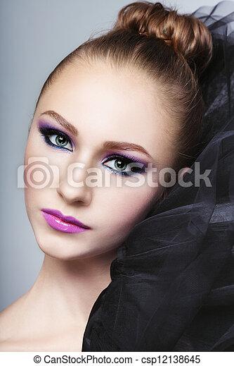 maquiagem - csp12138645