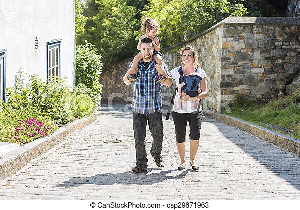 marche, famille, parc, vacances, par, jour, heureux - csp29871963