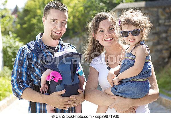 marche, famille, parc, vacances, par, jour, heureux - csp29871930