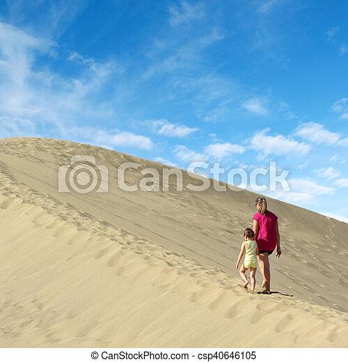 marche, fille, dune sable, mère - csp40646105