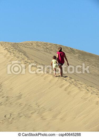 marche, fille, dune sable, mère - csp40645288