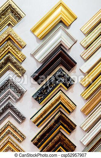 Selección de fotogramas en exhibición - csp52957907
