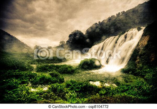 marmore, chutes d'eau - csp8104772