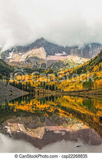 Maroon Bells in Fall - csp22268835