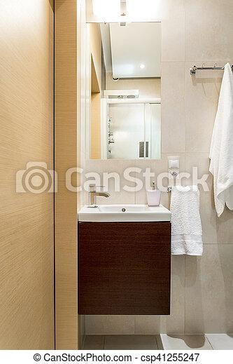 Marrón, cuarto de baño, diseño, beige. Imagen, cuarto de baño ...