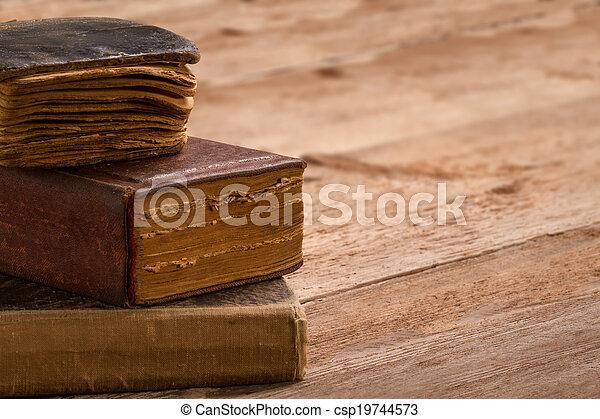marrom, pilha, antigas, macro, espinha, livro biblioteca, montão, em branco, tabela, envelhecido, páginas - csp19744573