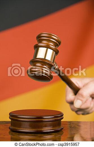 marteau, drapeau allemand - csp3915957